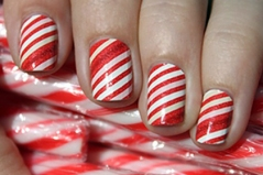 01-holiday-nails